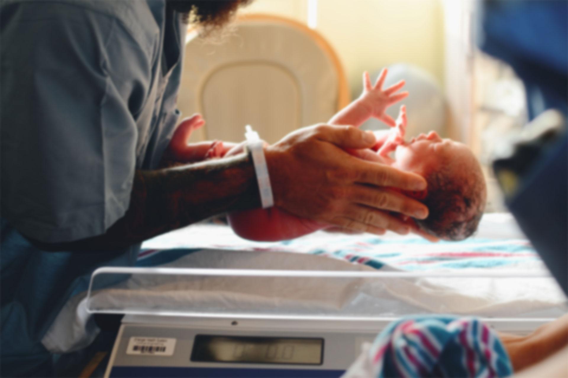 alegerea-cantarului-pentru-bebelusi