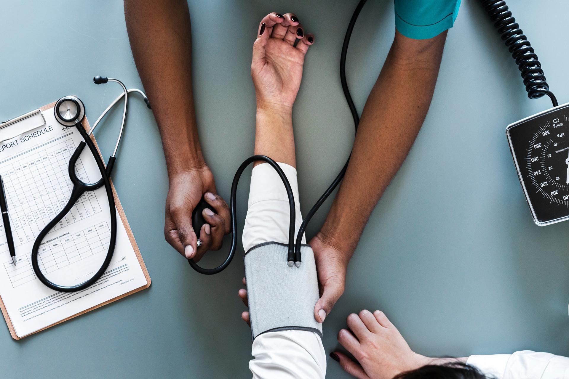 alexa-recomanda-sfaturi-in-alegerea-medicului-de-familie