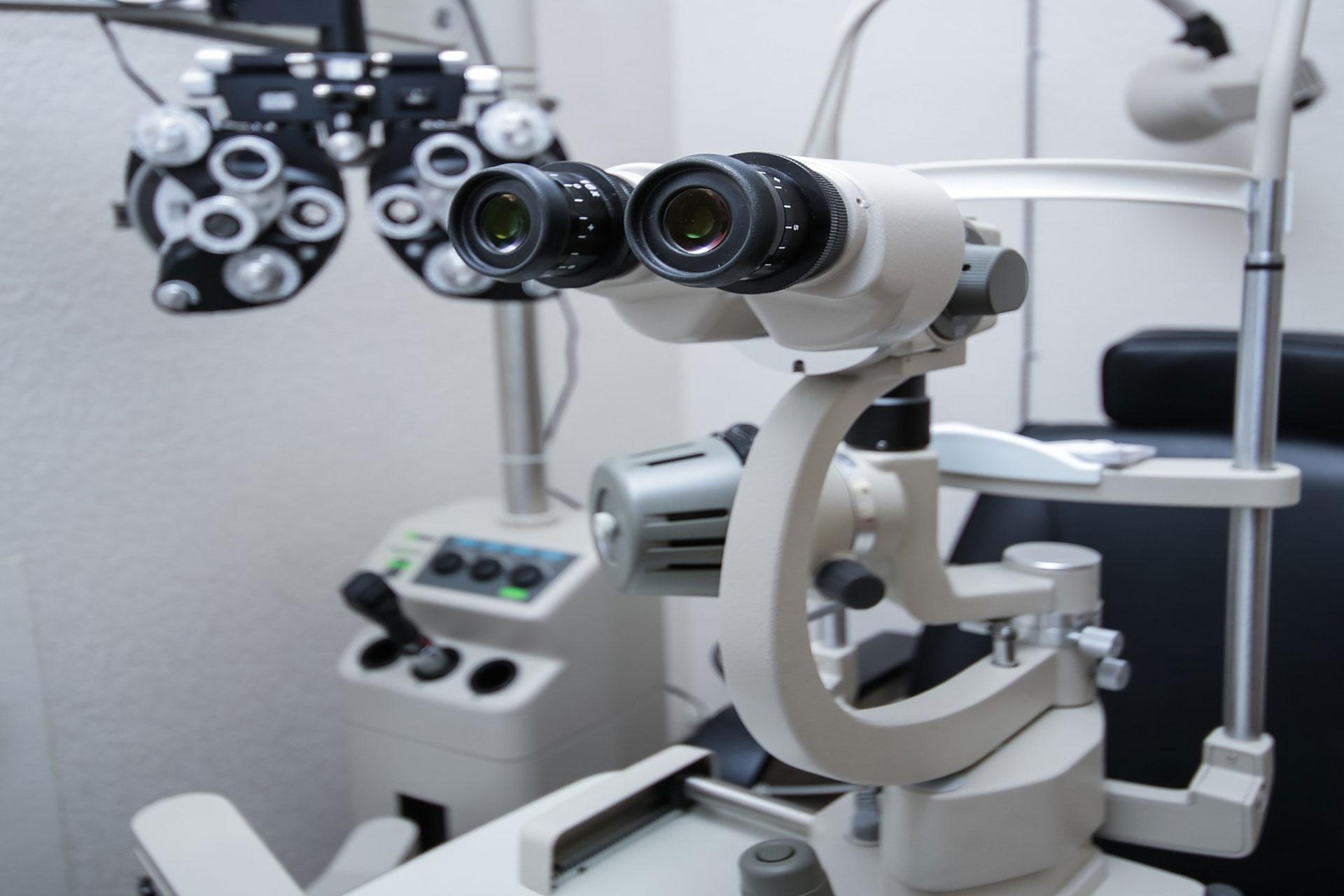 nou-echipamente-oftalmologie-in-oferta