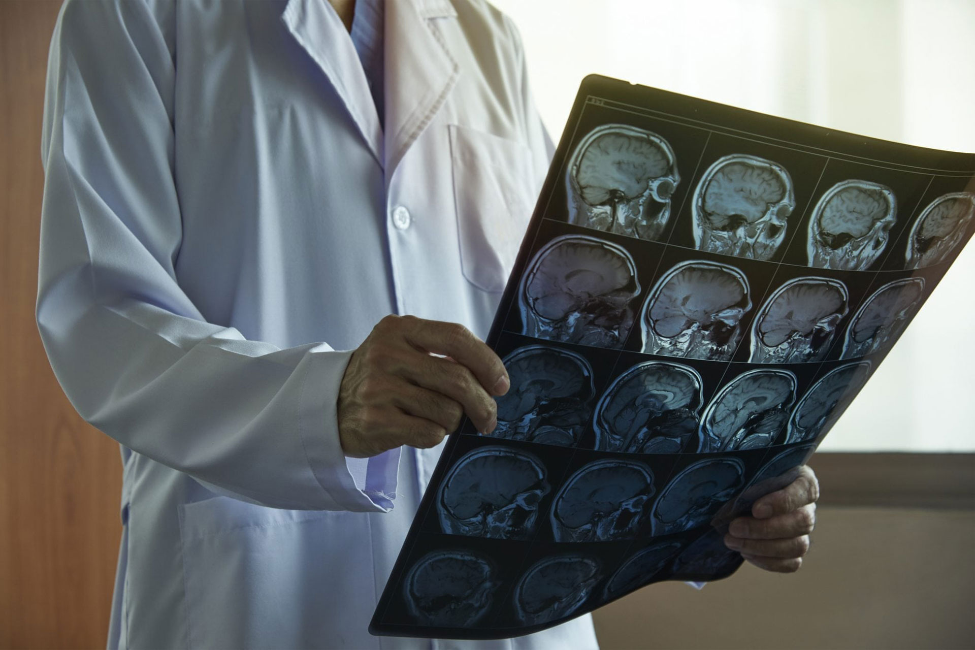 neurochirurgie-aparatura-si-instrumentar-in-oferta